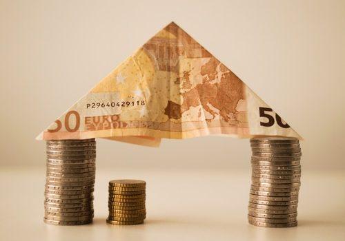 house-money-capitalism-fortune-12619-medium